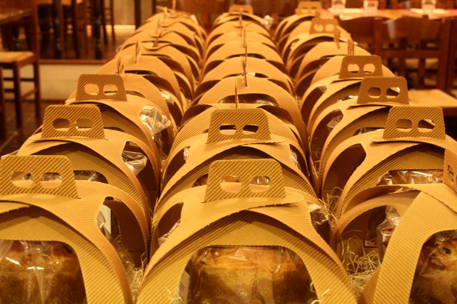 Panettone 1005 italiano con il nostro lievito madre uvetta e canditi